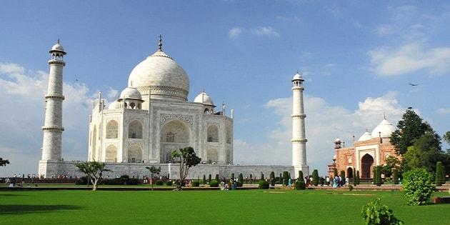 view of luxury taj mahal tour