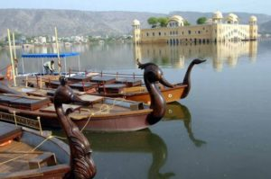 boating in Jal Mahal
